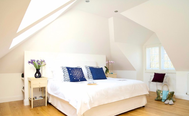 loft-conversion-master-bedroom-inspiration-ideas-modern-contemporary-interiors-decor-small-bed-attic